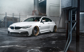 ADV1 BMW M4 wallpaper