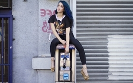 Women cityscapes wall blue hair dani artaud wallpaper